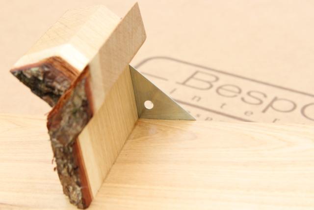 tree shelf bracket