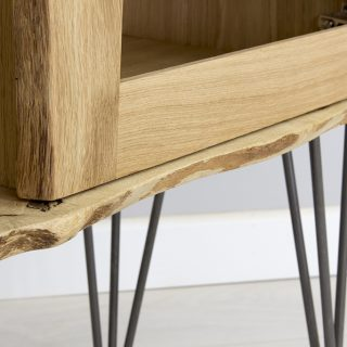 waney-edge-oak-drinks-cabinet-detail
